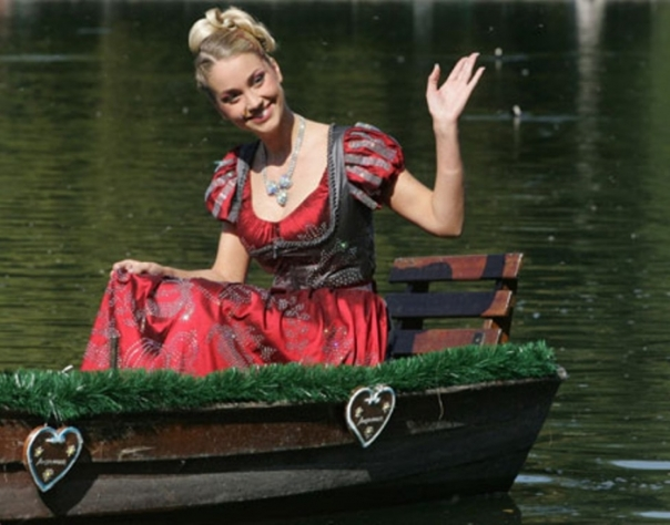 "Swarovski-""Dirndl-Dress"